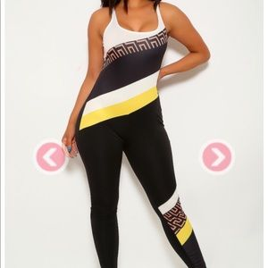 Black and White Print Sleeveless Jumpsuit